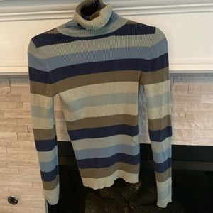 Gap turtleneck Small